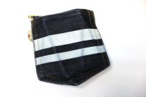 Momotaro coin purse frontal 2