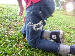 Uniqlo Great Wave denim jeans 3