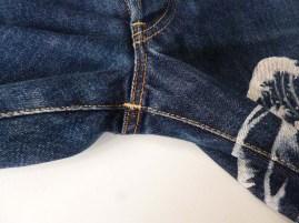 Uniqlo Great Wave denim jeans 7